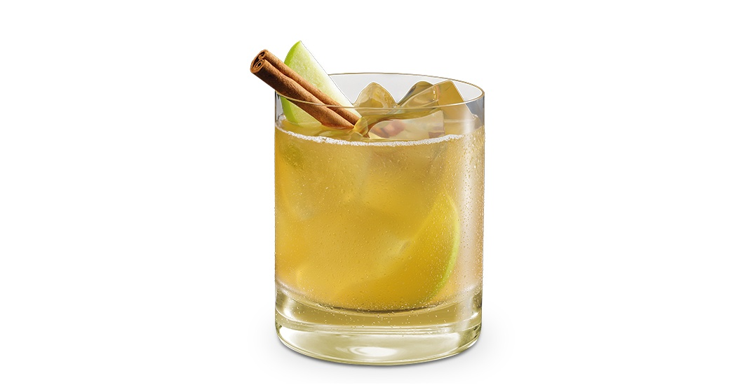 This is the one cocktail you need to have at Friendsgiving this year