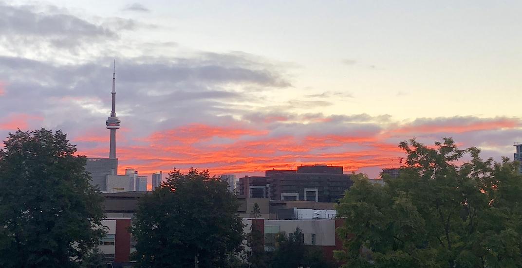 19 photos of this morning's amazing sunrise over Toronto