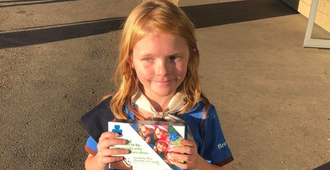 Girl Guide sells out of cookies in front of cannabis store on legalization day
