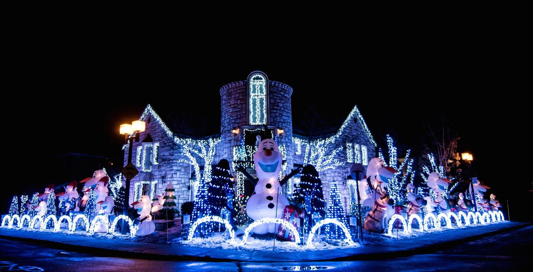 Montreal's 'Christmas Display' house is going full Disney this year