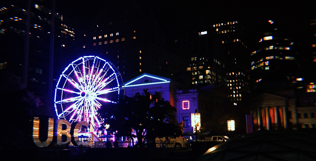 Here's your first look at Robson Square's pop-up Ferris wheel (PHOTOS)