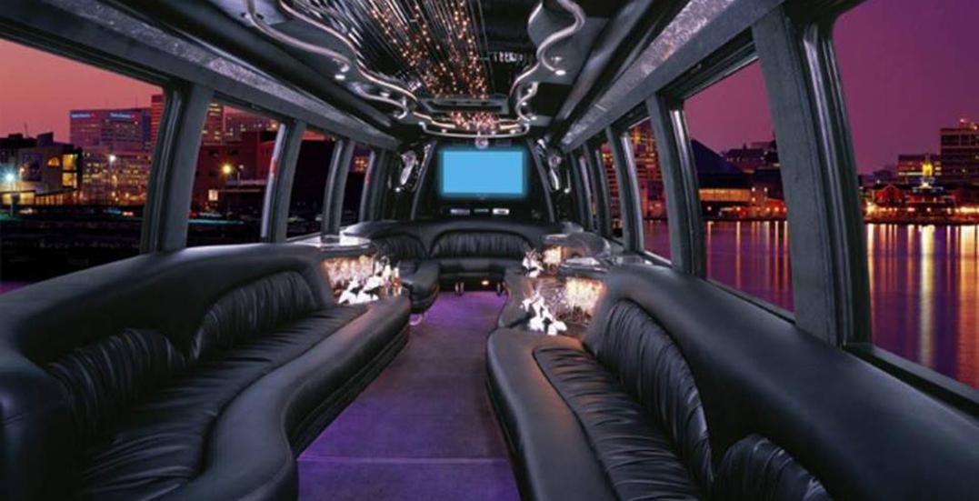 Party bus van fb