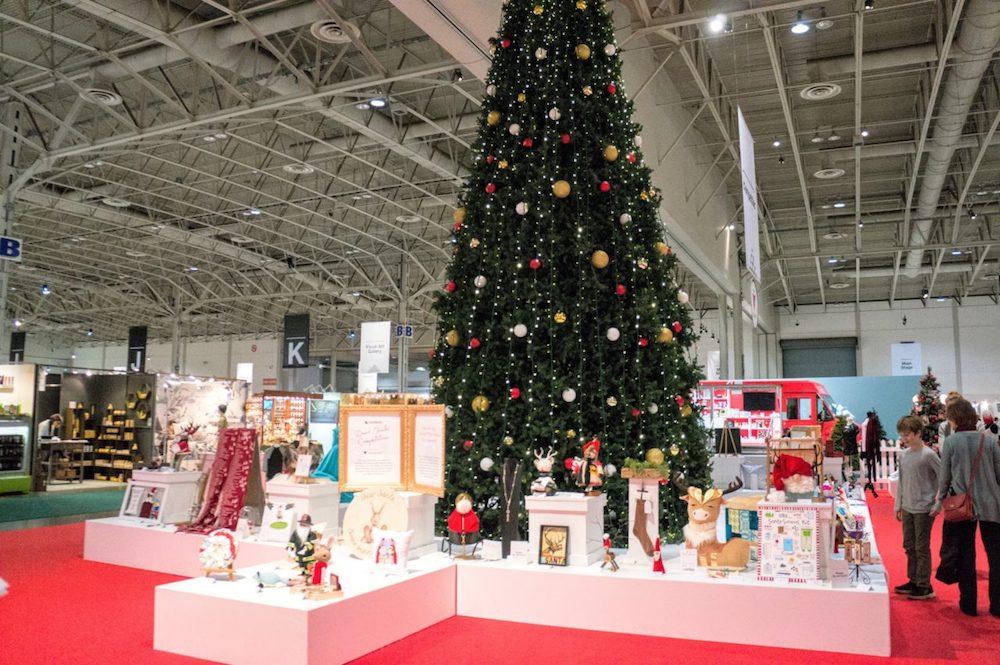 http://www.tradeandcharm.com/2017/11/29/christmas-one-of-a-kind-show-2017/