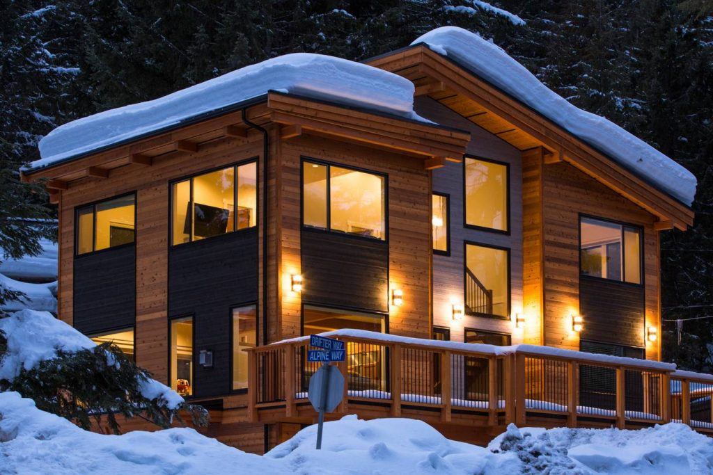 https://www.airbnb.ca/rooms/15889841?location=Whistler%2C%20Canada&adults=8&children=0&infants=0&check_in=2018-11-17&check_out=2018-11-20&s=UyPHX3kz