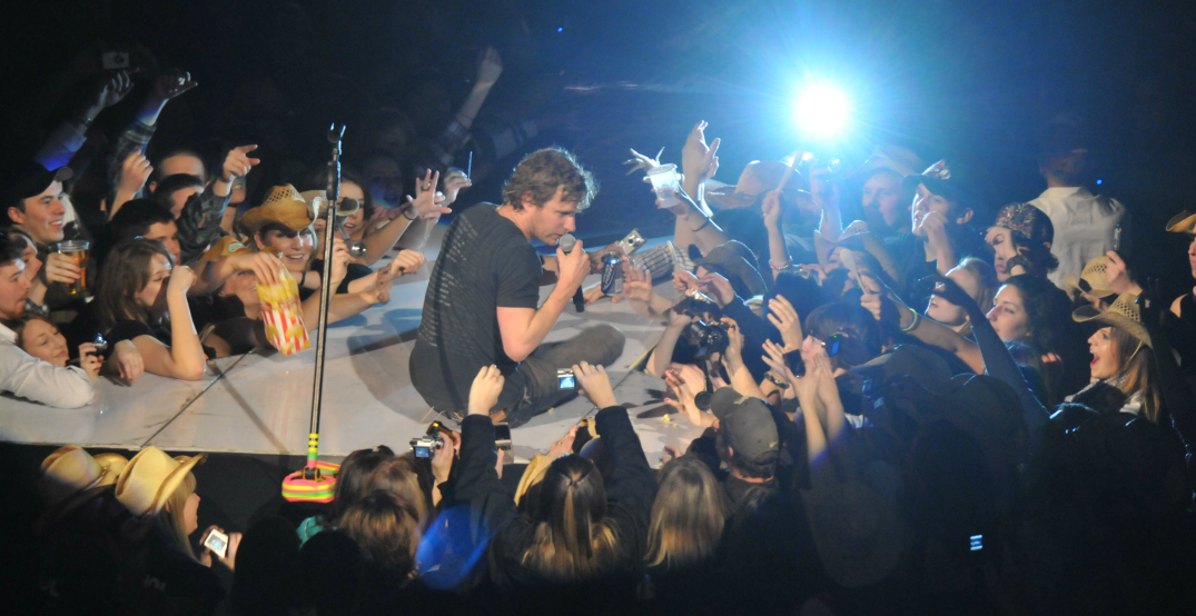 Win two tickets to see country music star Dierks Bentley in concert (CONTEST)