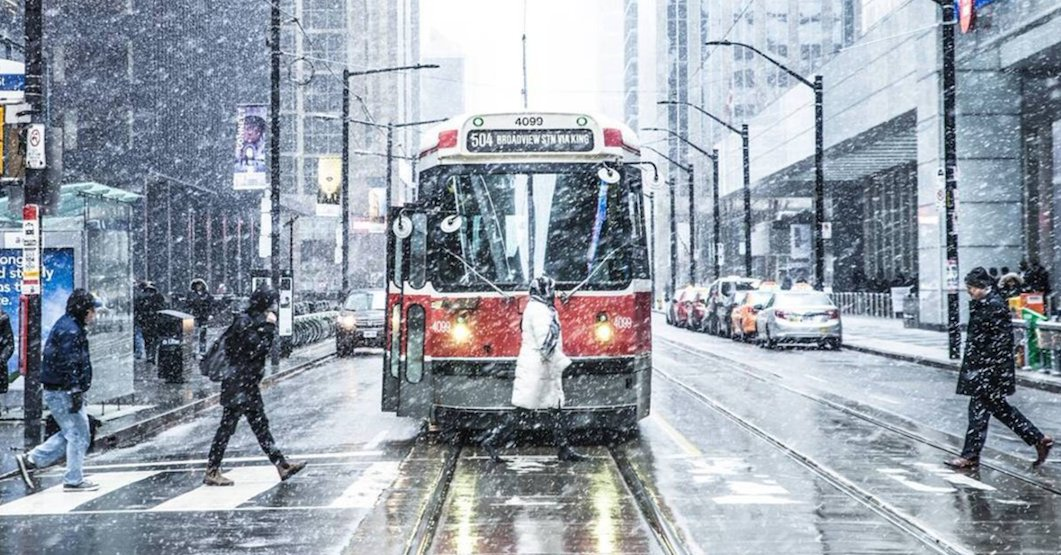 Transit riders thank TTC staff following Toronto's snowstorm