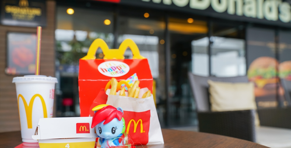 Canadian father sues McDonald's over 'illegal' Happy Meals marketing