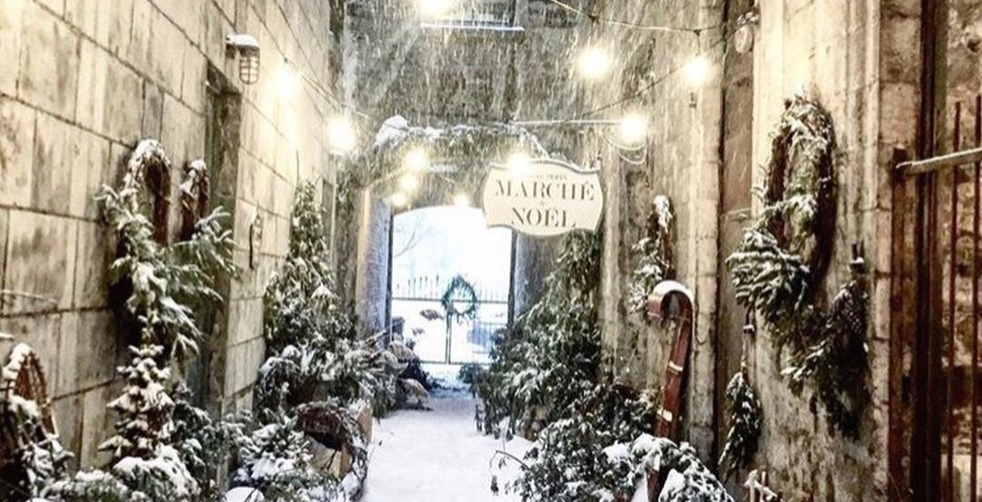 This Montreal alleyway has been transformed into a rustic Christmas market (PHOTOS)