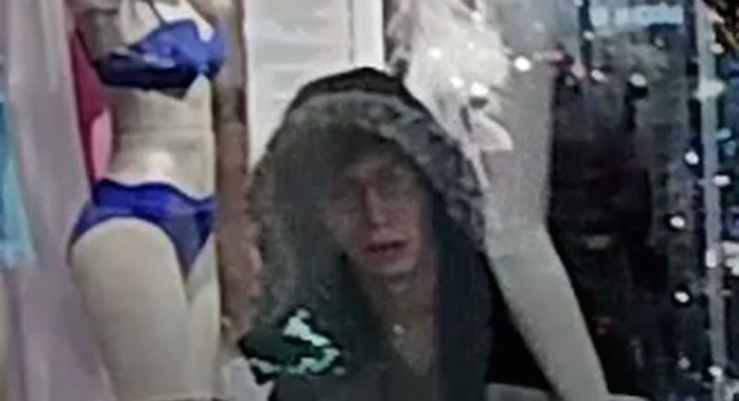 Man wanted for stealing mannequins dressed in lingerie in Toronto