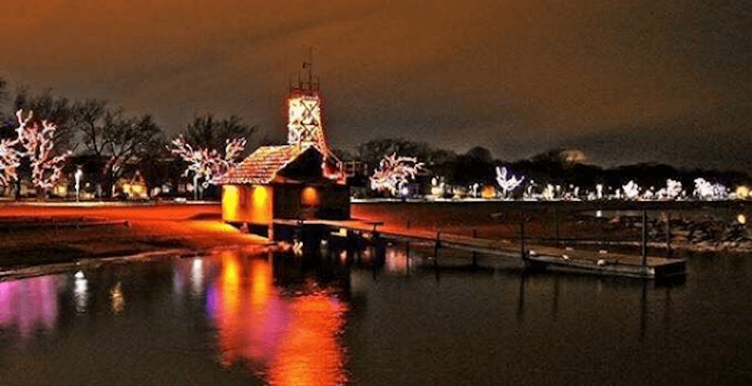 The Beaches are sparkling with magical Christmas lights (PHOTOS)