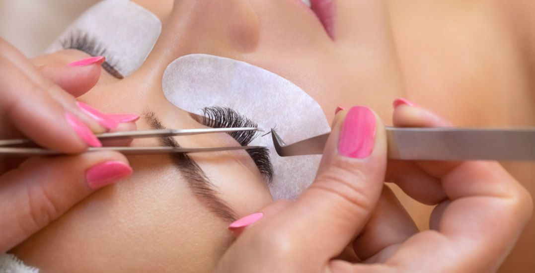 Eyelash extensions: The best salons in Calgary (and what they offer)