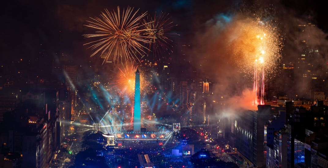 IOC considering staging future Olympic Opening Ceremonies in city streets