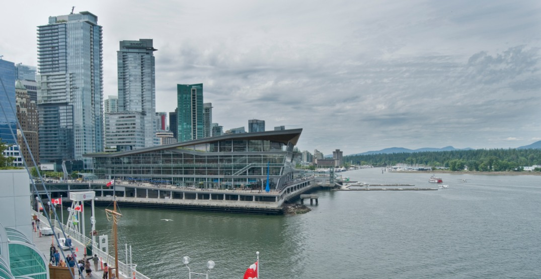 Possible COVID-19 exposure at huge Vancouver dental conference, warns health authority