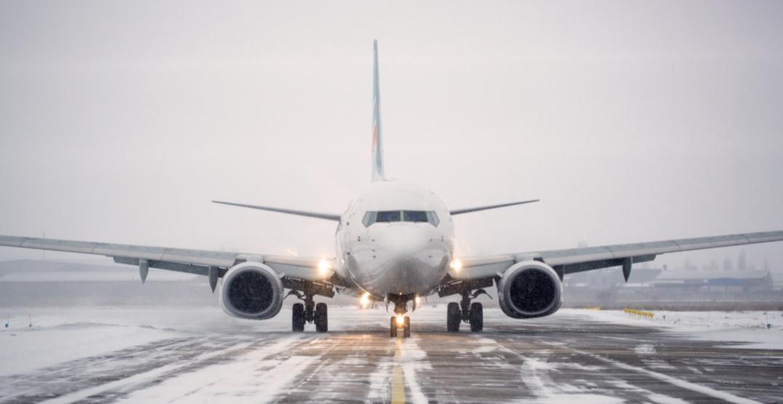 Winter weather leads to numerous flight delays in Edmonton