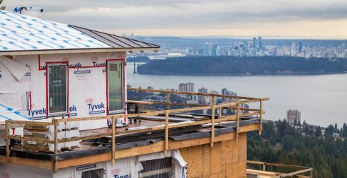 A mansion being built in West Vancouver's British Properties. (Shutterstock)