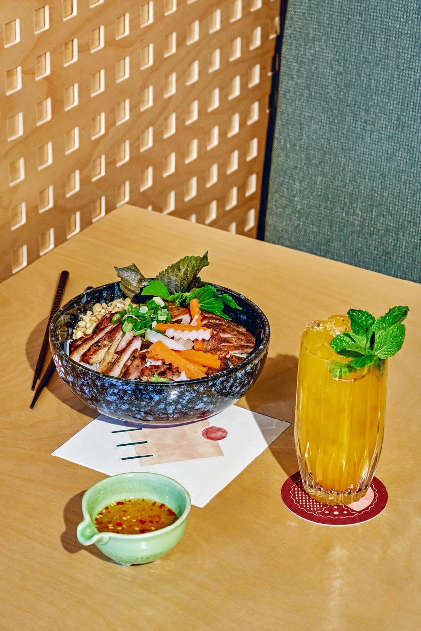 Com Vietnamese