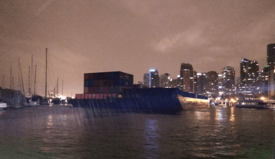 $1M in damage as runaway barges hit yachts and restaurant in downtown Vancouver