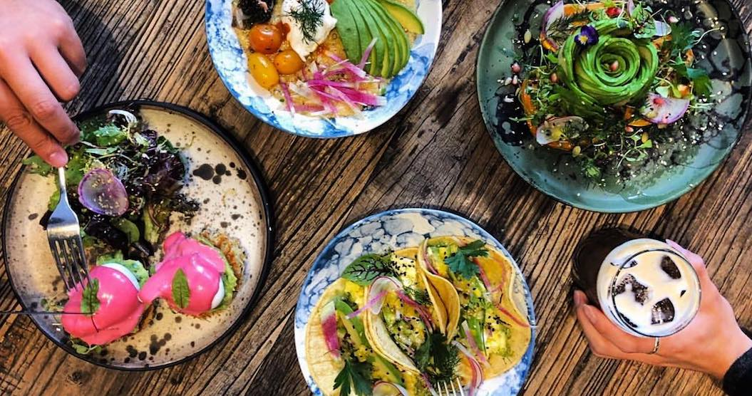 These 5 restaurants are serving up social media detoxes