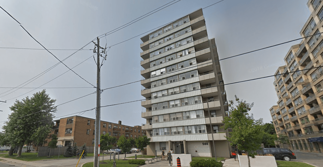 Man and woman found dead in east-end apartment building
