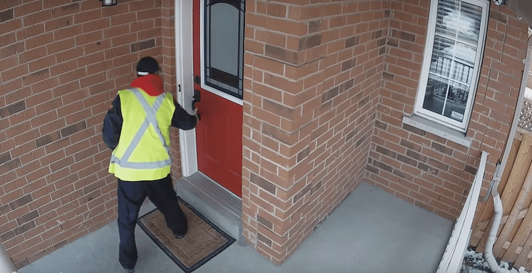 Canada Post worker caught not even attempting to deliver package (VIDEO)