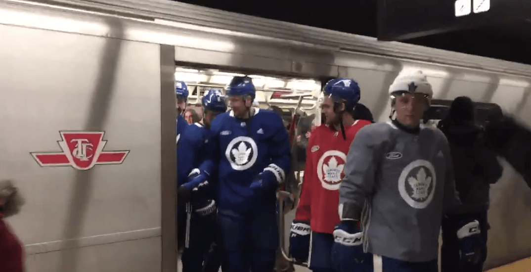 The Leafs took the TTC to their outdoor practice at Nathan Phillips Square (VIDEOS)