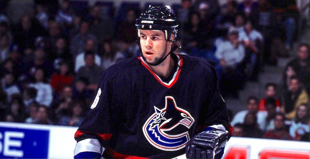 Aucoin spills the beans about ex-Canucks teammates Bure, Mogilny, Messier, Tikkanen