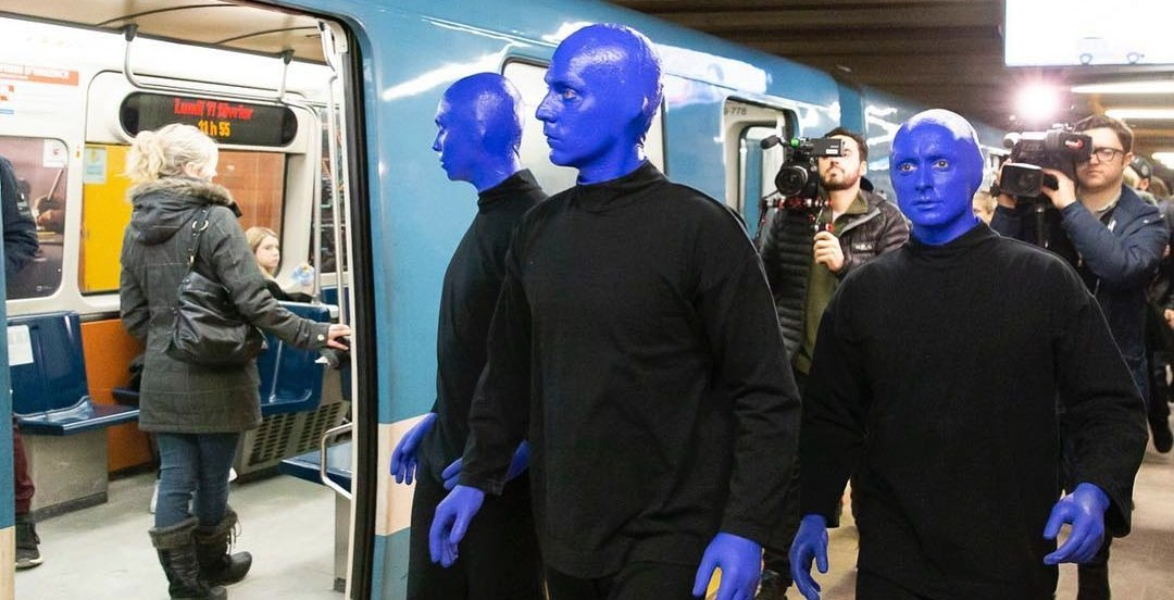 The Blue Man Group was spotted hanging around Montreal's metro (PHOTOS)