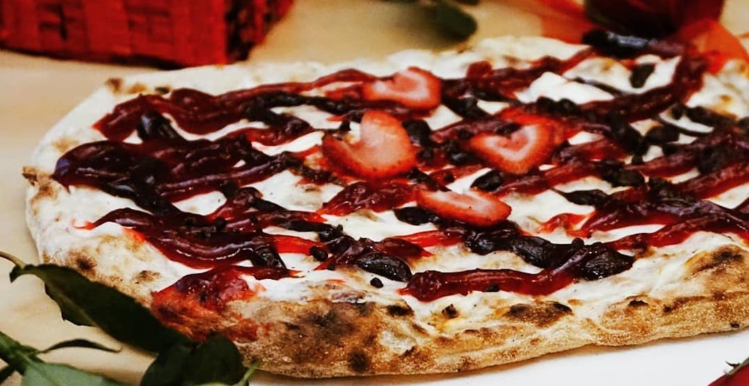 You can get FREE dessert pizza from a vending machine in Toronto today