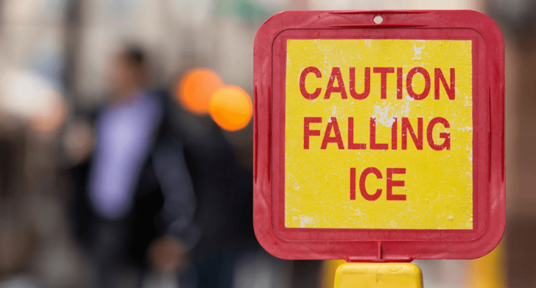 Police closing off parts of downtown Toronto due to falling ice