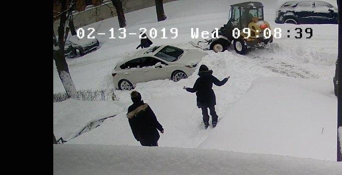 Montreal snowplow stuck car