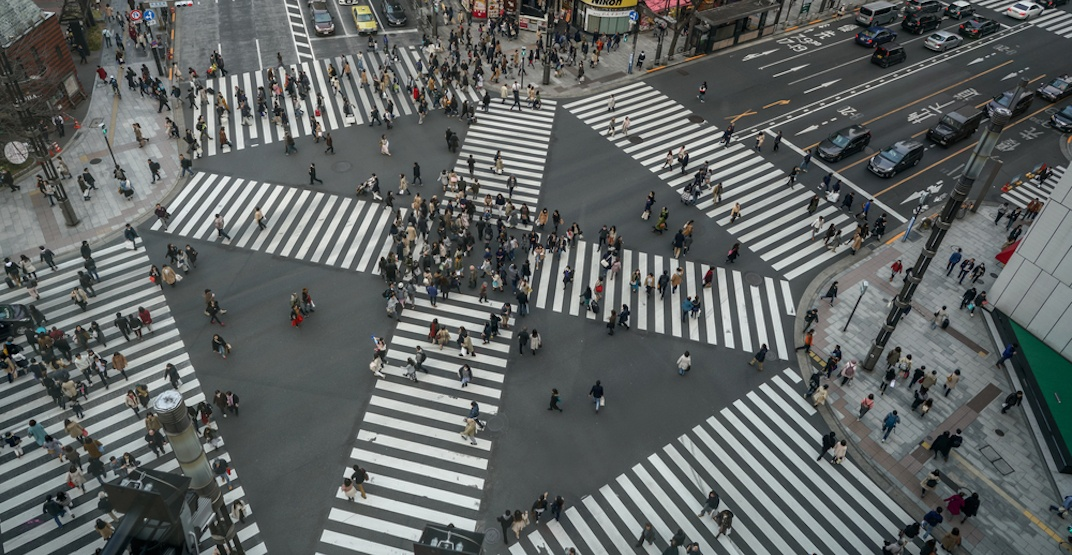 Scramble pedestrian crossings coming to 2 intersections in downtown Vancouver