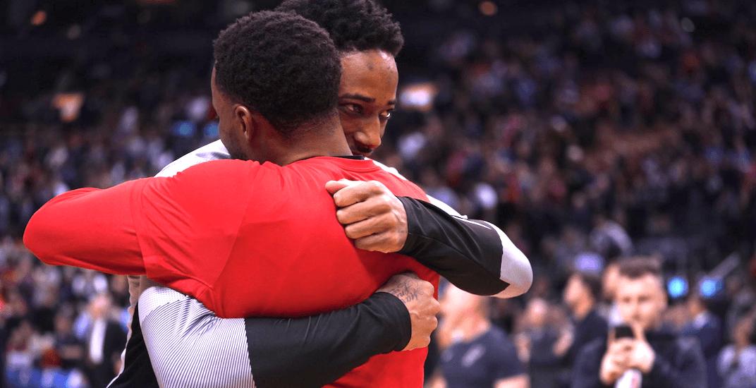 Raptors fans salute DeRozan in return to Toronto (VIDEOS)