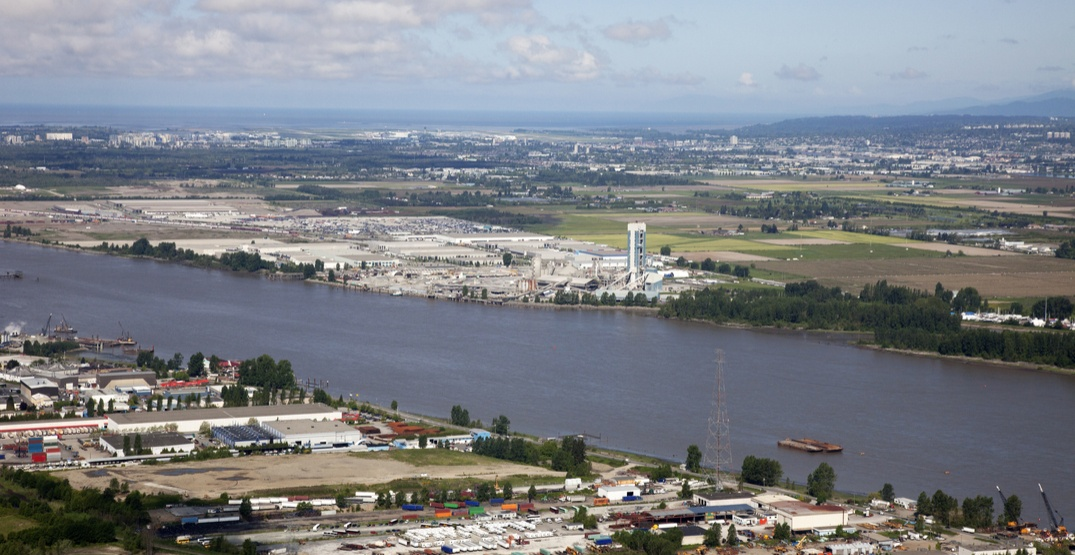 Missing airplane may have crashed in the Fraser River