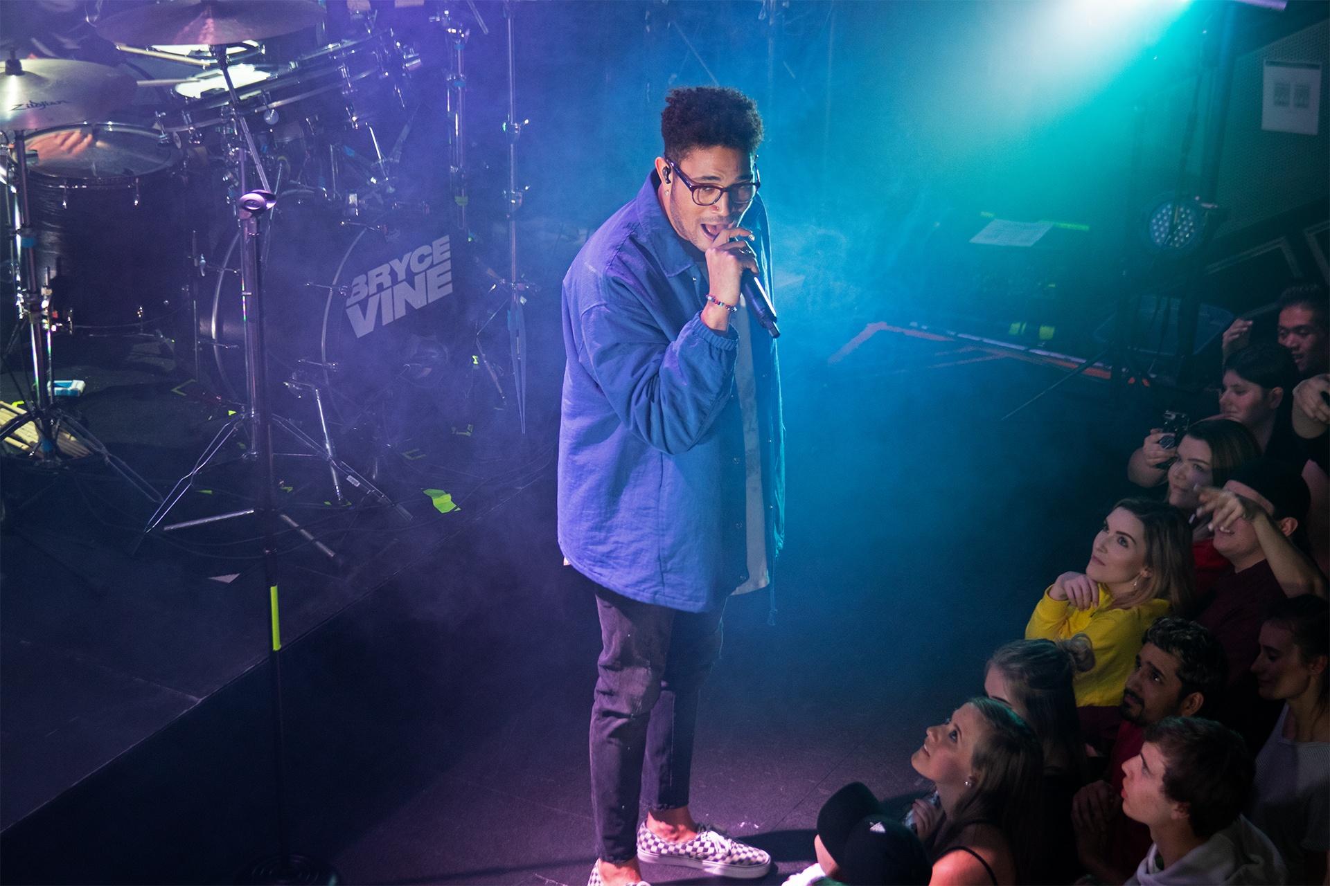 Bryce Vine shows Vancouver why he's LA's next hip-pop superstar (PHOTOS)