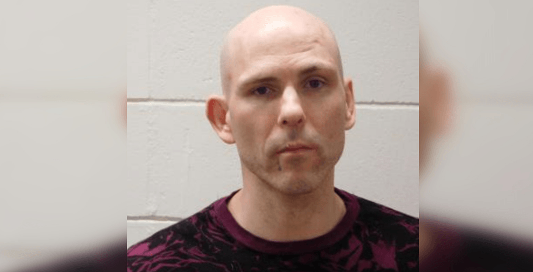 Vancouver police searching for high-risk offender wanted Canada-wide