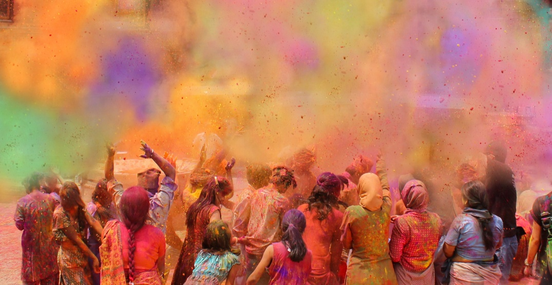 How to enjoy the most colourful festival on Earth in all its glory (PHOTOS)