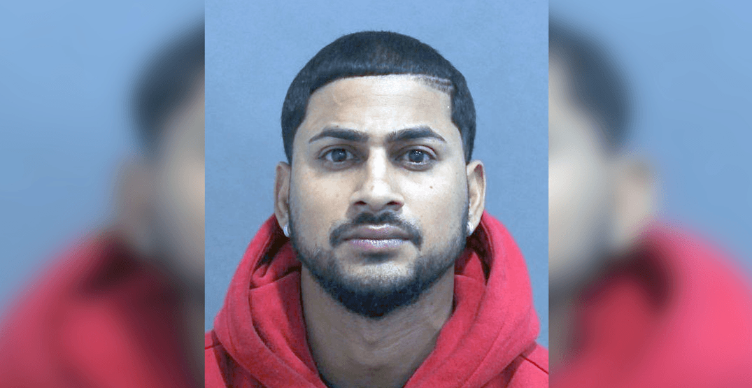 Toronto police looking for man wanted in attempted murder investigation