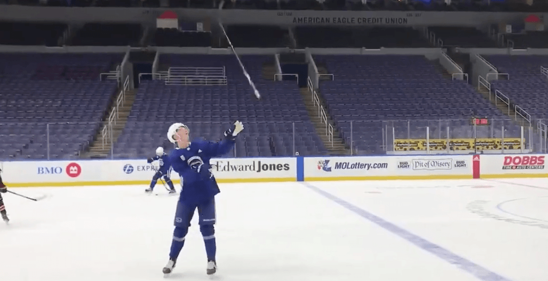 79635c5efea Elias Pettersson pulled off a ridiculous trick at Canucks practice ...