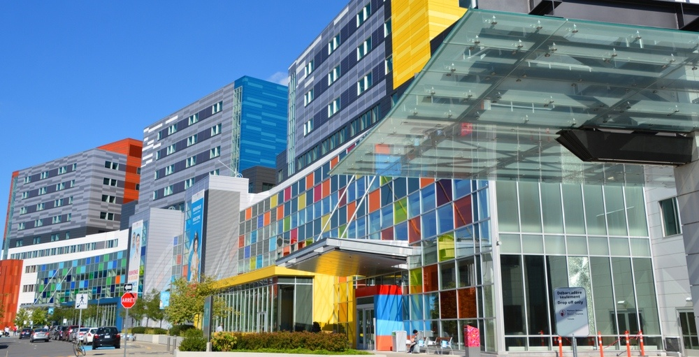 MUHC warns public of possible measles exposure at Glen site