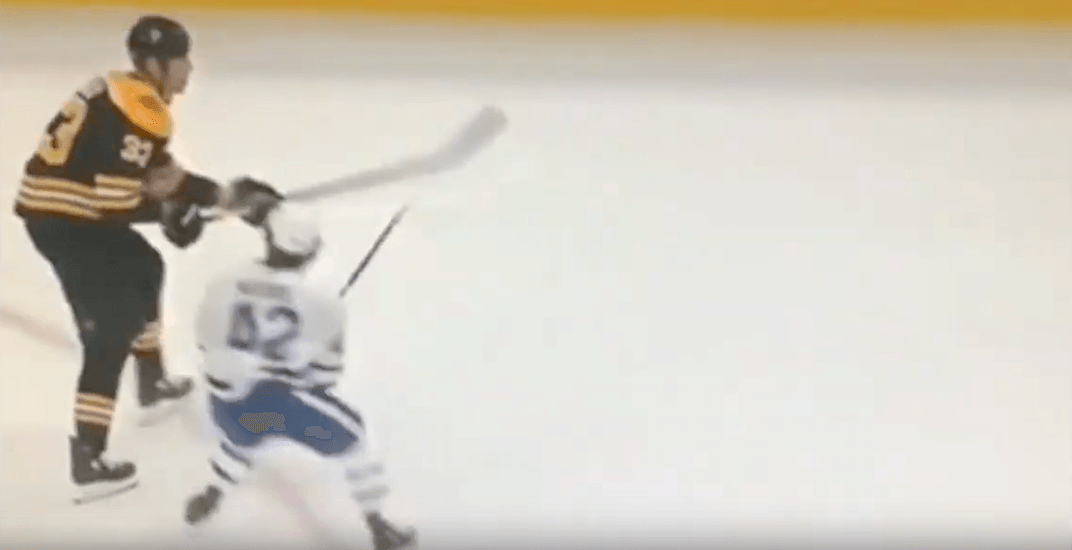 Leafs fans can't get enough of one of their smallest players taking down Chara (VIDEO)