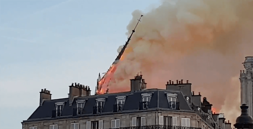 Historic spire collapses atop Notre-Dame Cathedral in Paris (VIDEO)