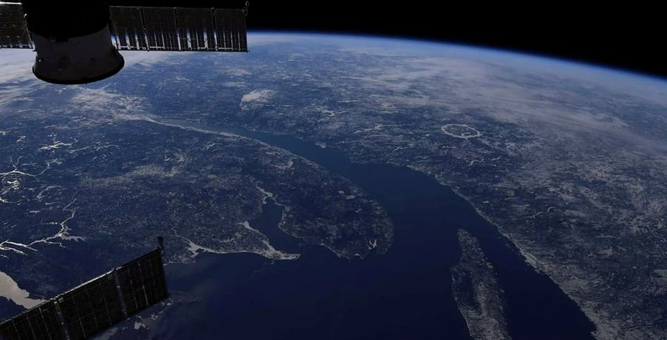 Quebec astronaut snaps gorgeous pic of the Saint-Lawrence River from space (PHOTO)