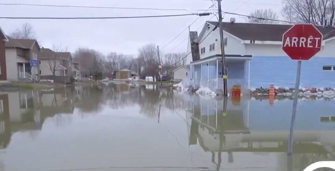 Floods force over 1,200 Quebecers to evacuate their homes on the weekend