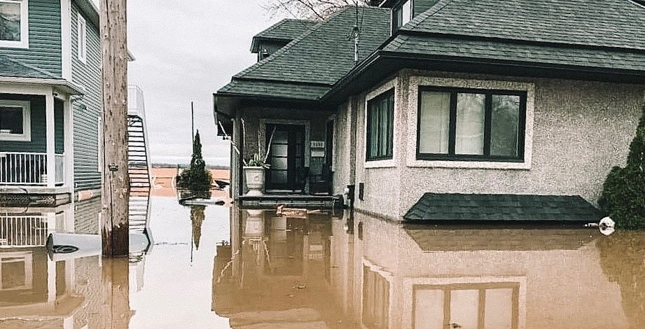 Floods have forced more than 9,500 evacuations across Quebec