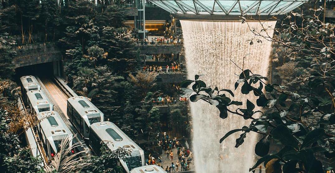 The world's best airport is now home to the world's highest indoor waterfall (PHOTOS)