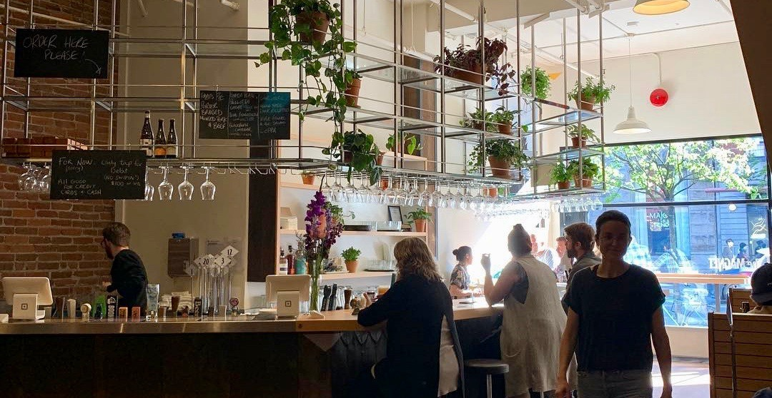 New spot for beer and casual eats 'The Magnet' just opened in Gastown