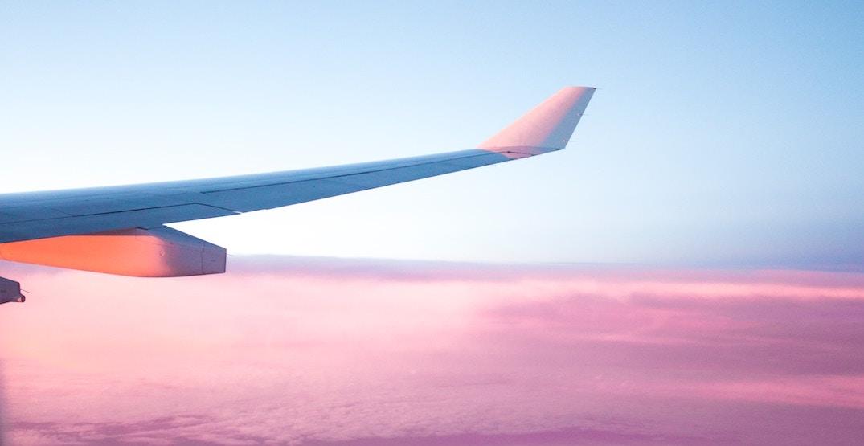 5 tips for scoring the cheapest flight deals