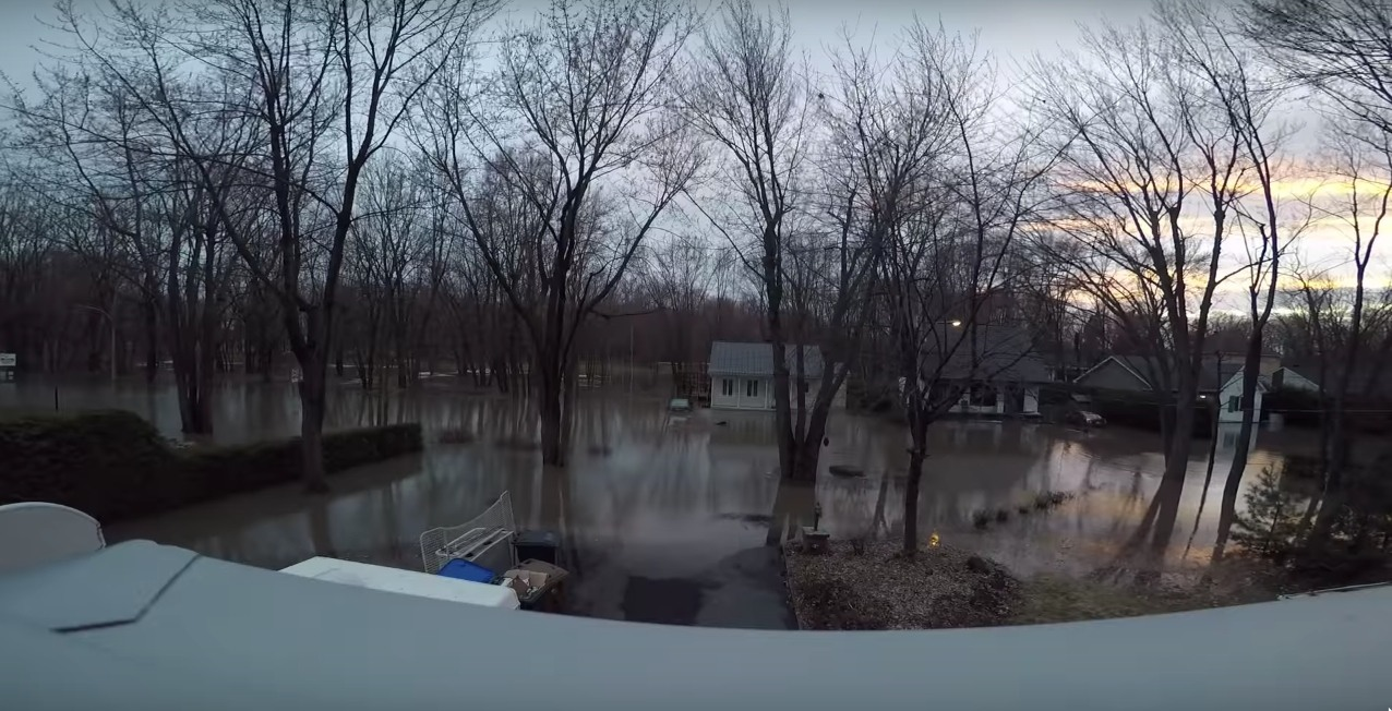 Timelapse footage shows how quickly flood waters rose in Quebec (VIDEO)