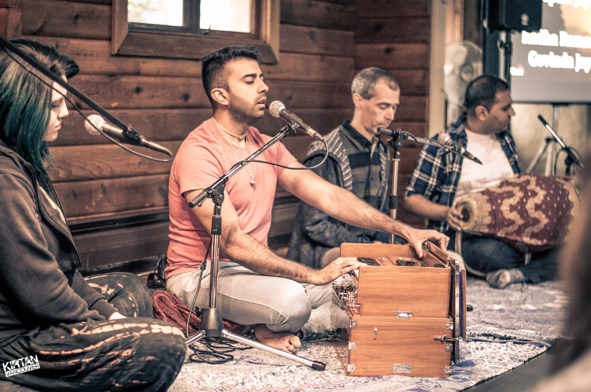 sound meditation at Kirtan Vancouver