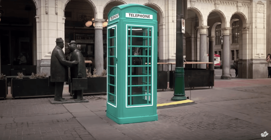 WestJet gave out free flights to London for answering a payphone (VIDEO)